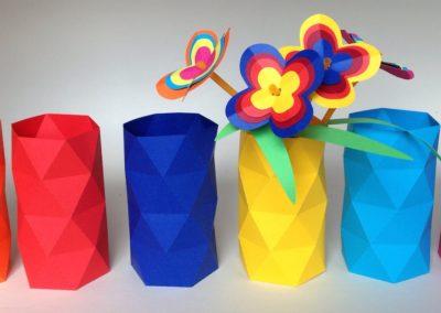 Fleurs en papier support de com' pour développement personnel et cohésion d'équipe